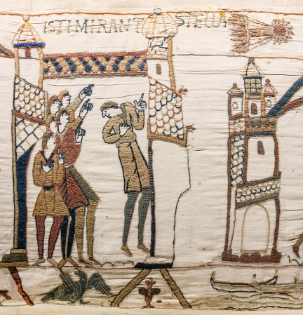 Bayeux_Tapestry_scene32_Halley_comet.jpg